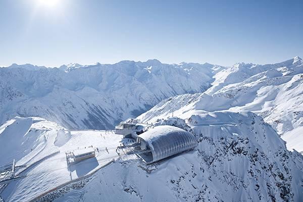 Modernste Architektur in alpiner Einsamkeit Sölden Tirol