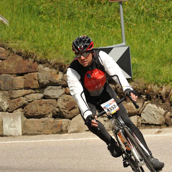 Markus Scheuermann während der Abfahrt beim Ötztaler Radmarathon