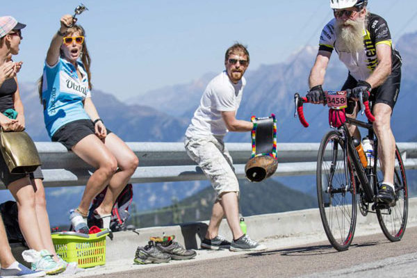 Alter Mann beim Ötztaler Radmarathon in Sölden