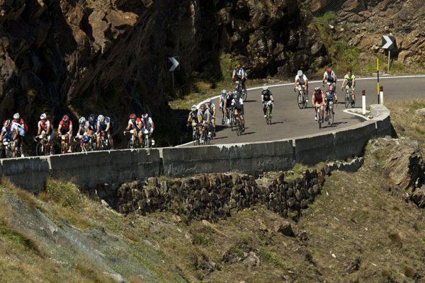 Serpentinen Etappe beim Ötztaler Radmarathon in Sölden