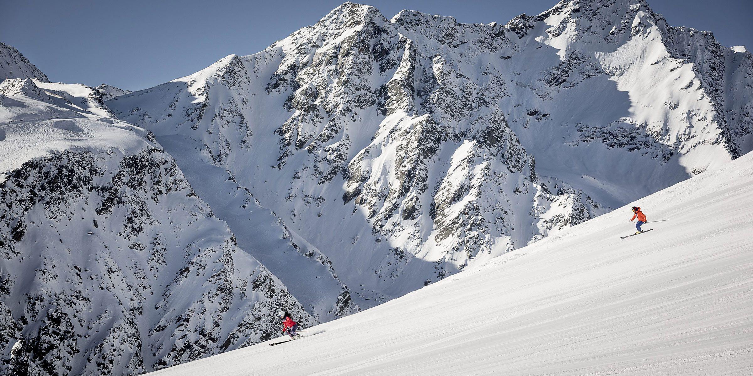 Skifahren mit perfekt präparierte Gletscherpisten in Sölden, Tirol
