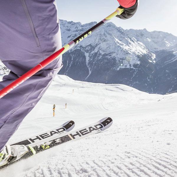 Gletscherskilauf in Sölden, Tirol