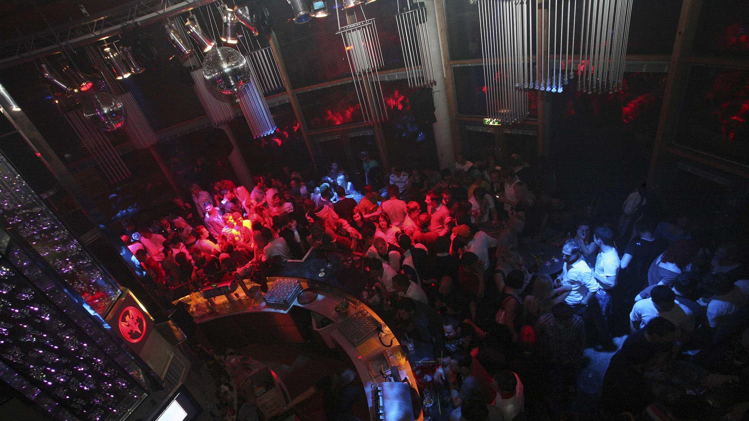 Nightlife in Sölden - EMF Pre-Silvester Party Sölden