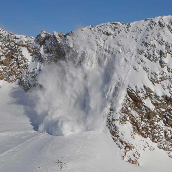 Lawinensprengung - Sicherung Skigebiet Sölden