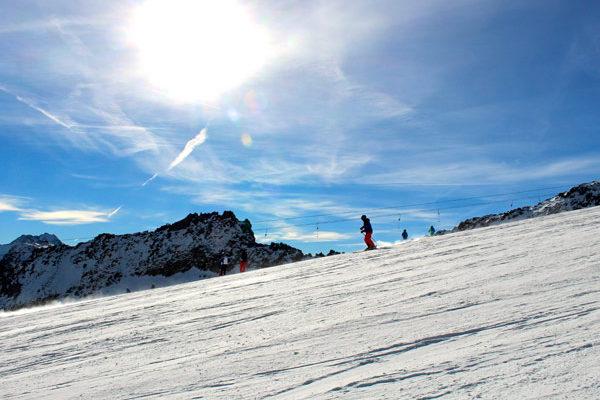 Sunny Sölden at the Tiefenbach Glacier