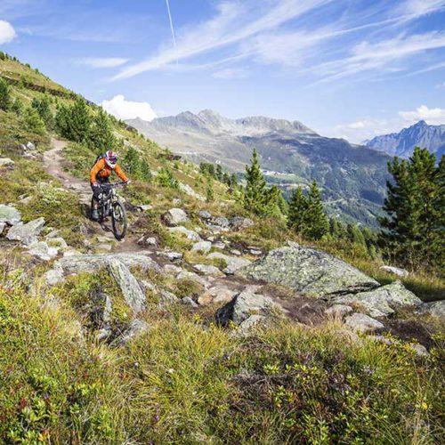 Biker am Nene Trail - Bike Republic Sölden