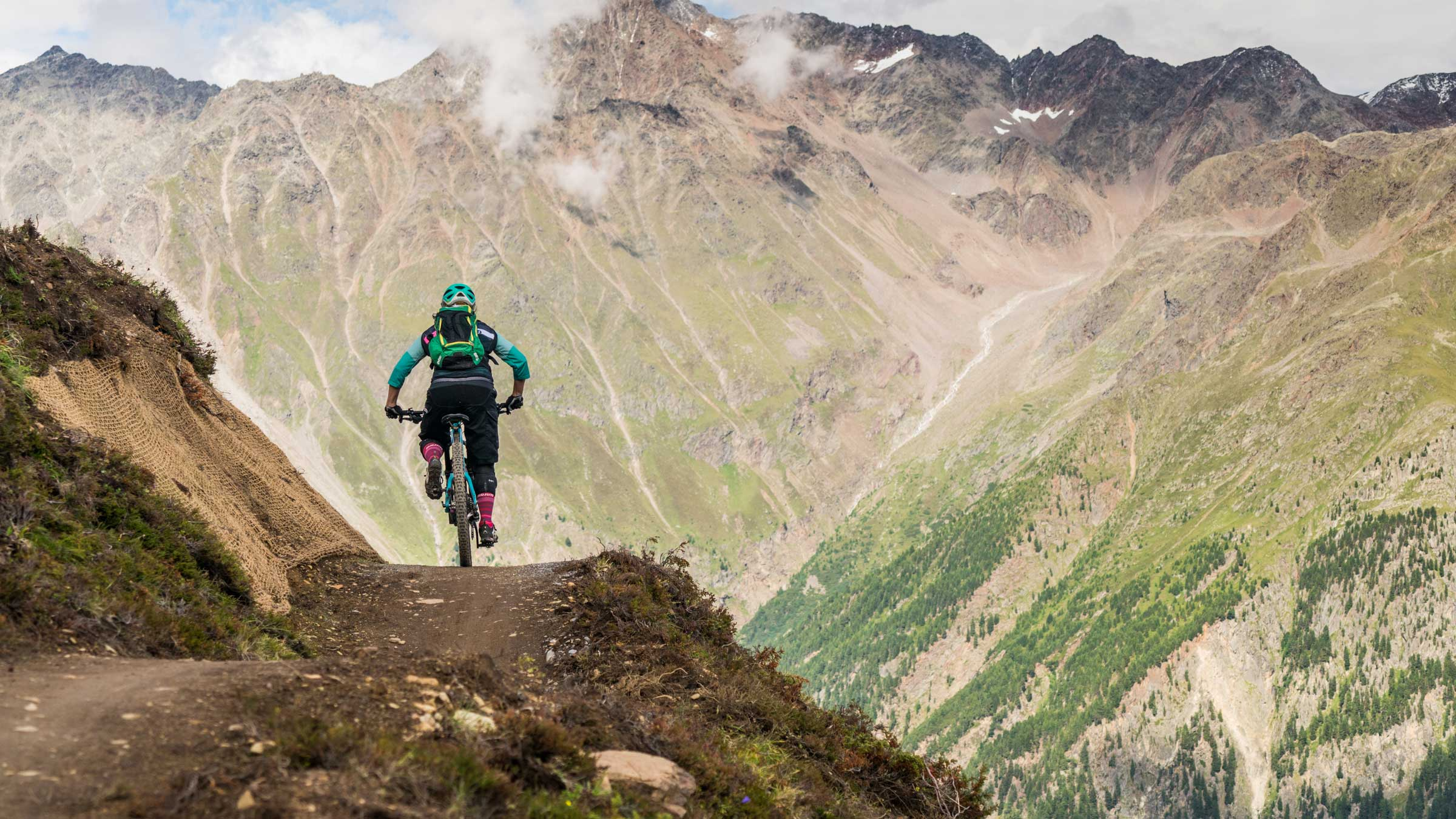 A Quick Guide to Riding Flow Trails in the Bike Republic Sölden