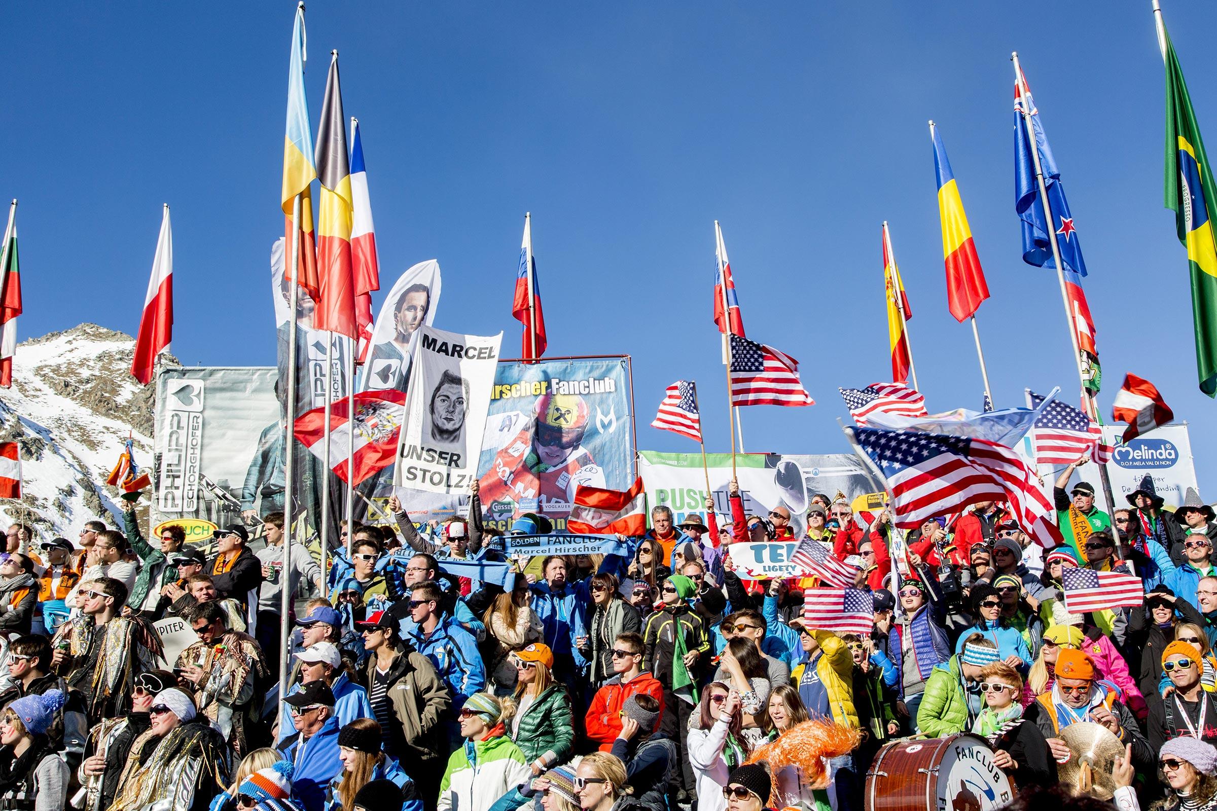 Fantribüne - Skiweltcup Sölden
