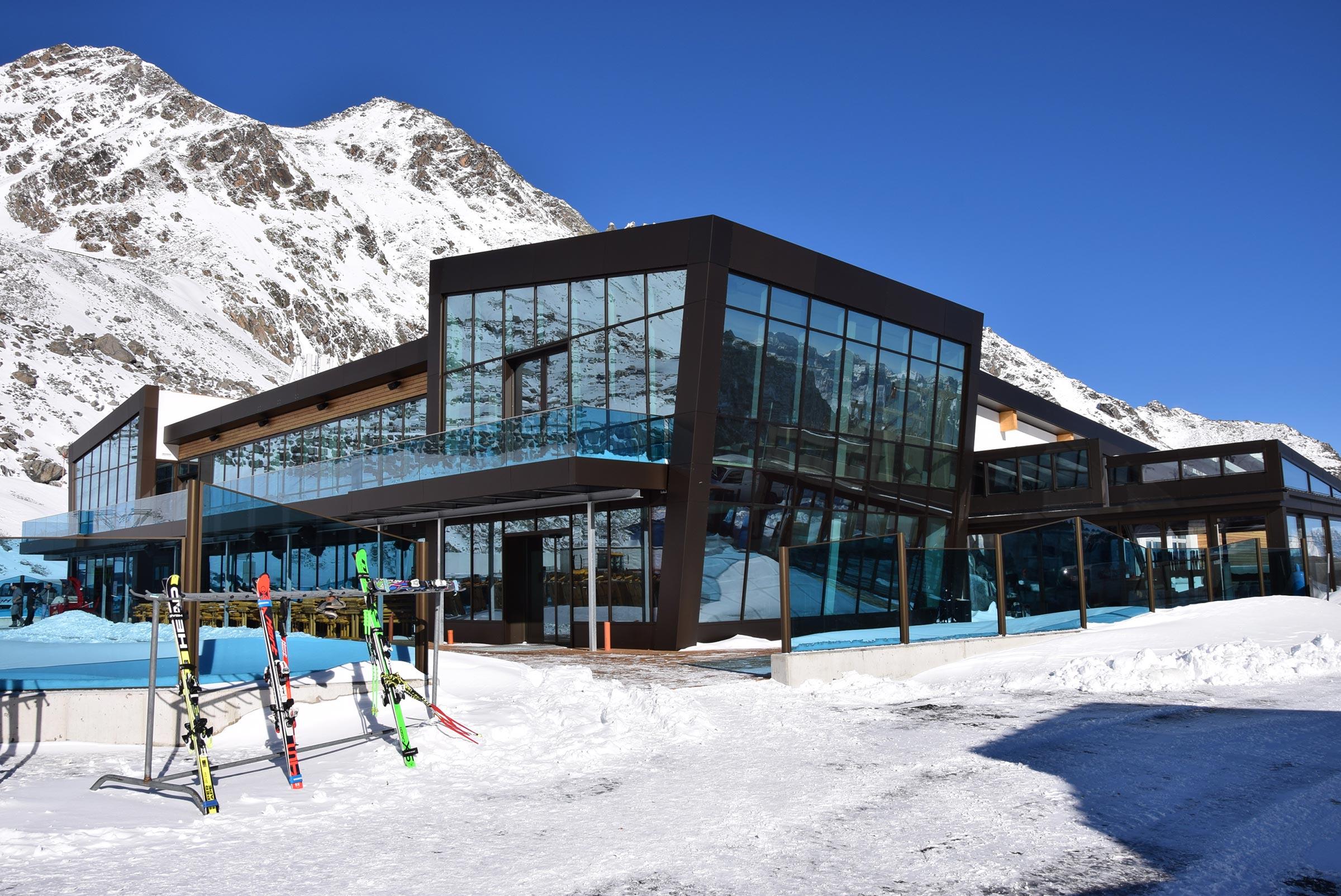Restaurant am Rettenbachgletscher - Skigebiet Sölden