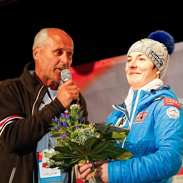 Ziesel und Zettel bei Siegerehrung - Skiweltcup Sölden